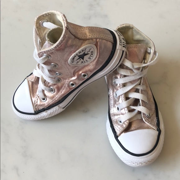 44361d47fb47 Converse Other - Rose gold kids converse – size 11